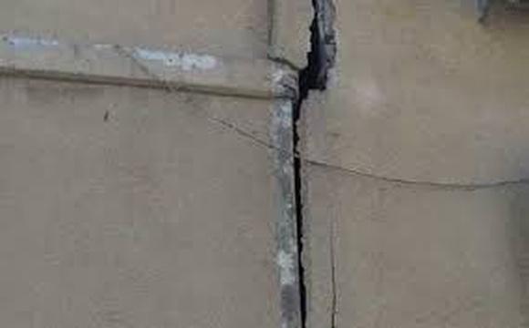 В Хадере эвакуировали здание из-за опасения обрушения