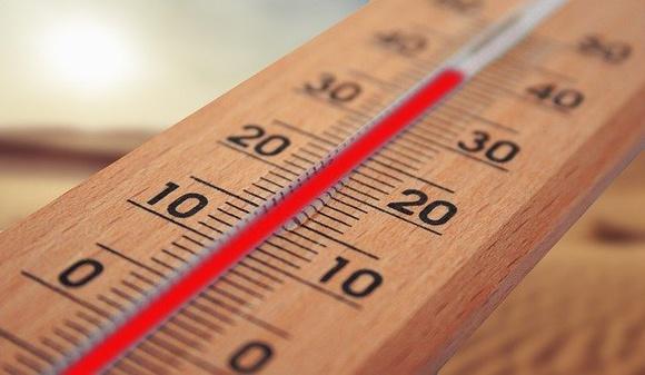 В Кувейте жара достигла 54 градусов в тени и 73 на солнце