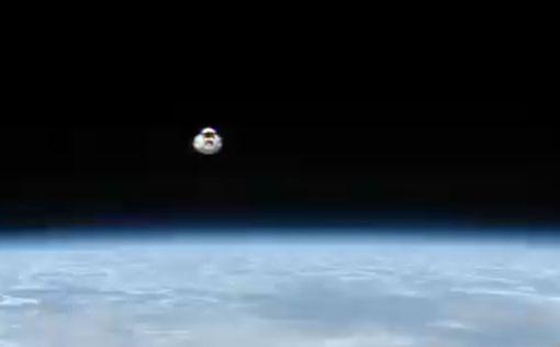Стыковку Cargo Dragon с МКС показали на видео