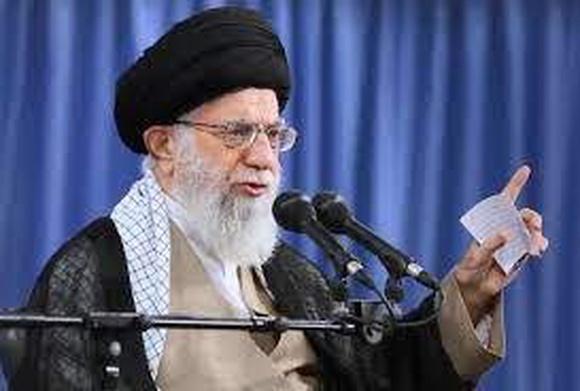 У Байдена рассматривают возможность снятия санкций с Хаменеи